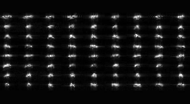 Série 72 radarových snímků planetky 2012 DA14 pořízených 70metrovou anténou  Deep Space Network vGoldstone. Zdroj:NASA/JPL-Caltech.